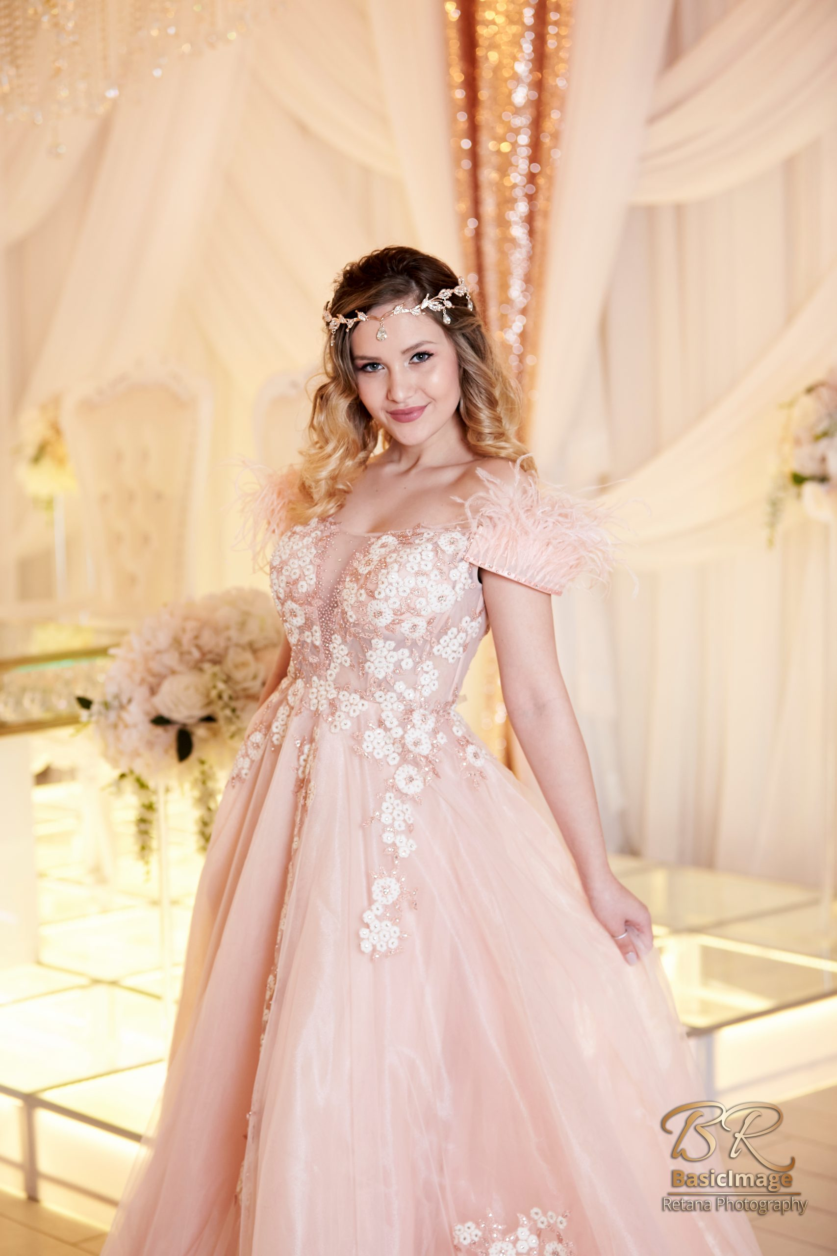 LeVenue front ballroom model pose