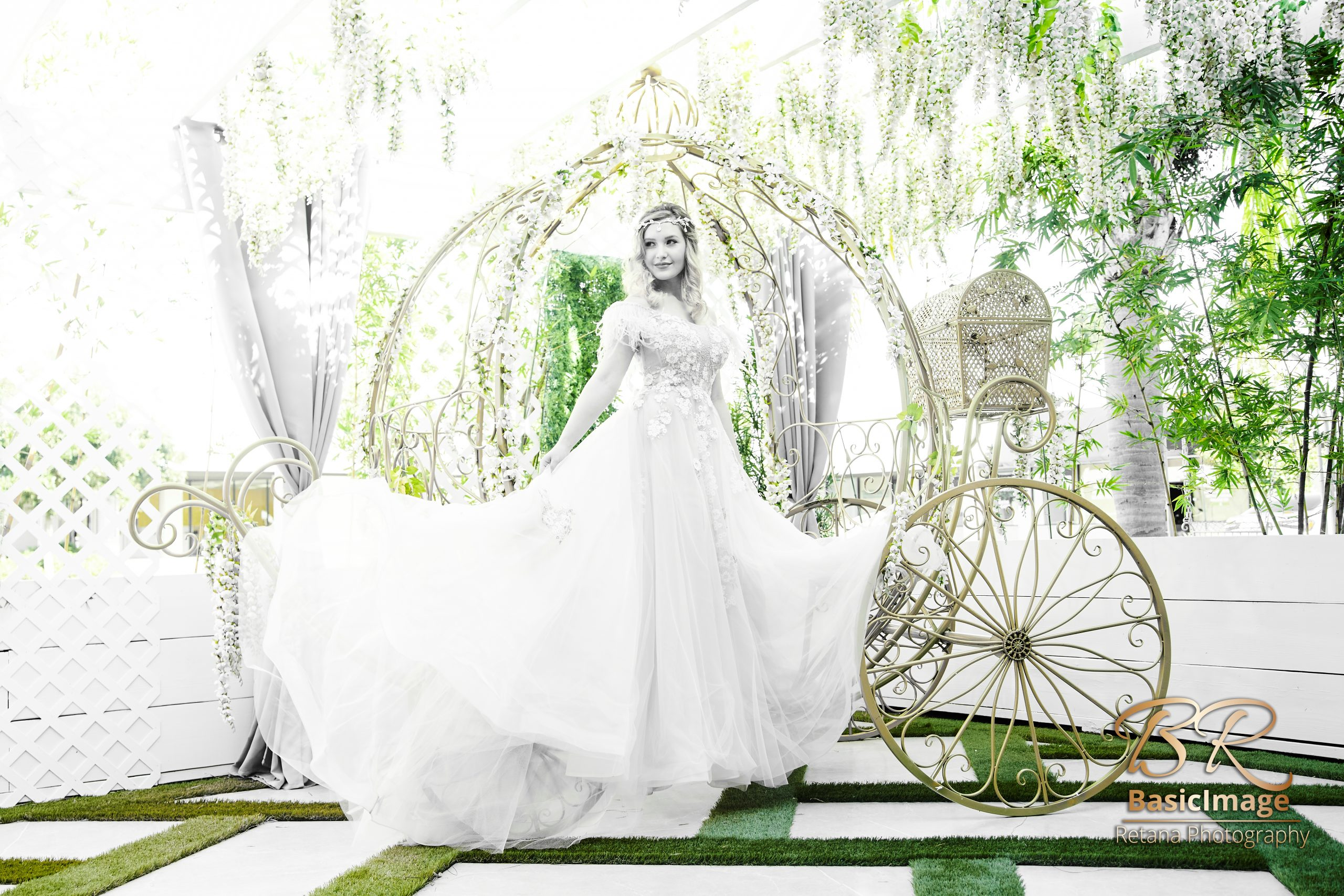 LeVenue garden model pose on carriage in black and white