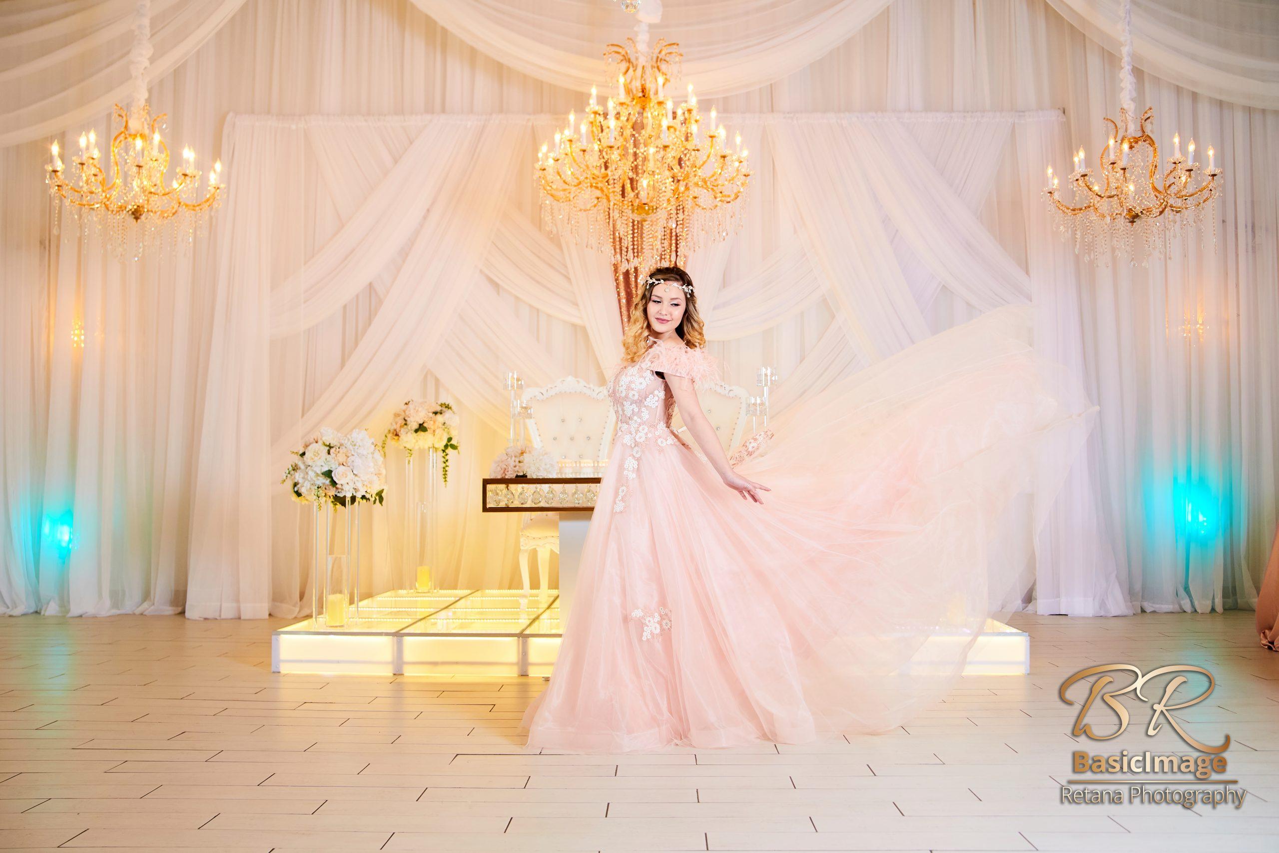 Levenue model in front ballroom