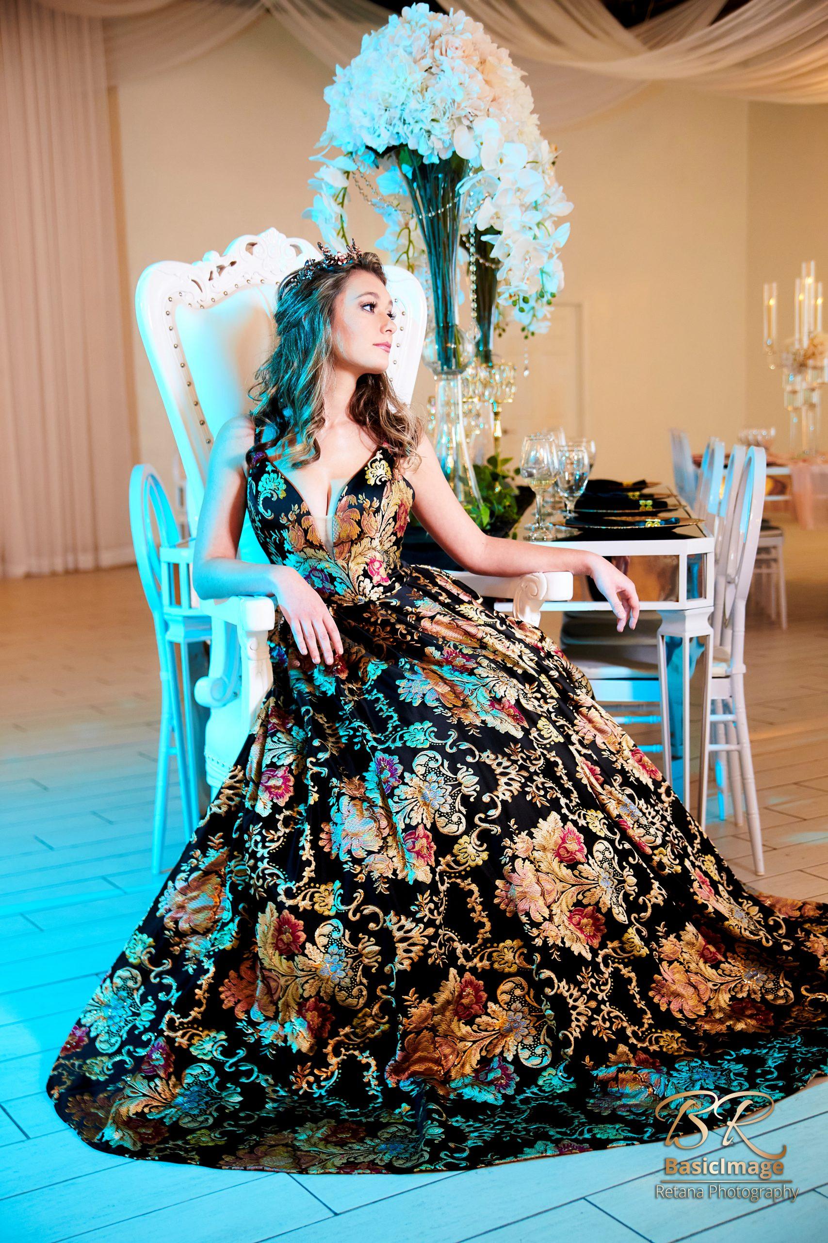 LeVenue model in ballroom