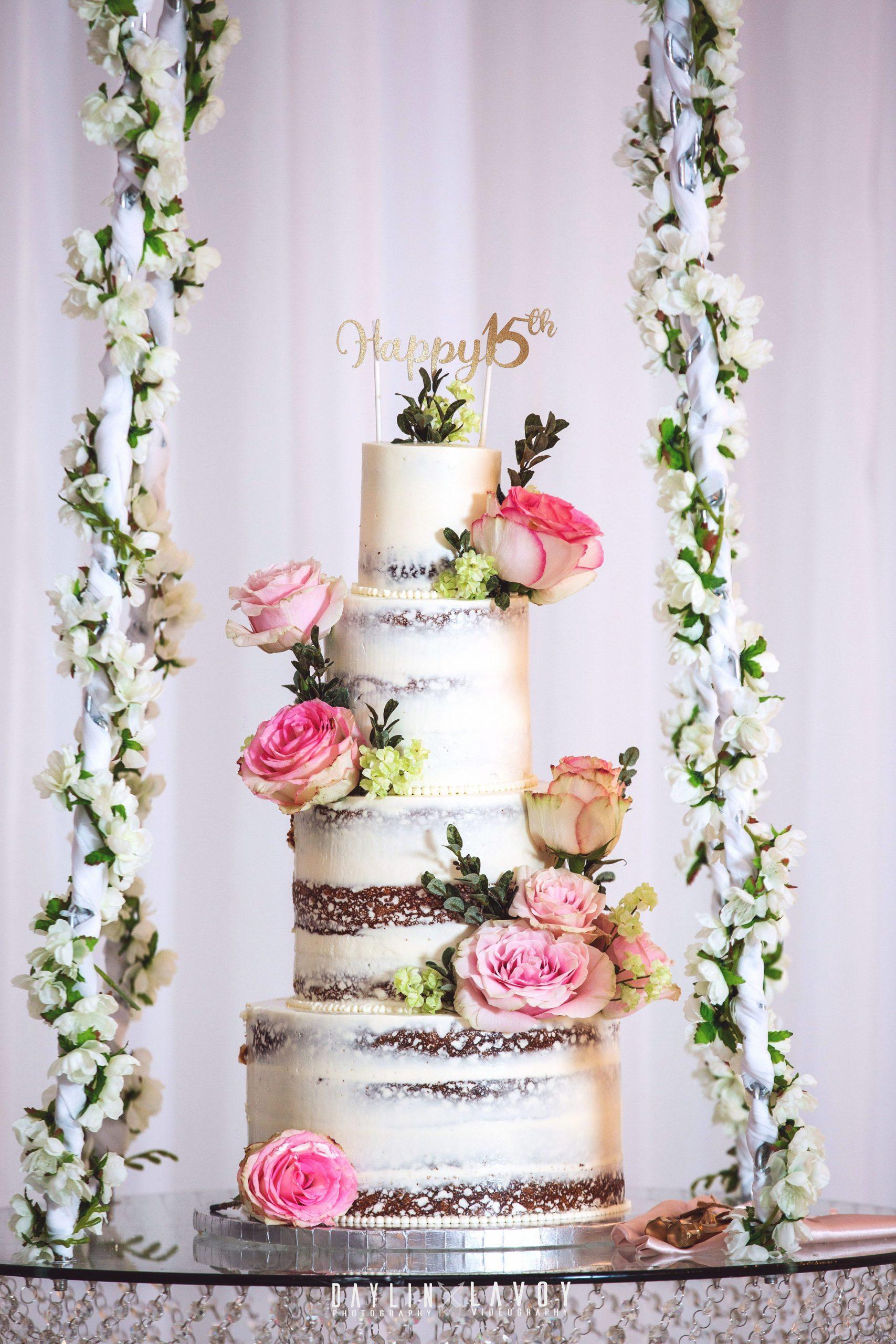LeVenue Quinceañera full cake decor