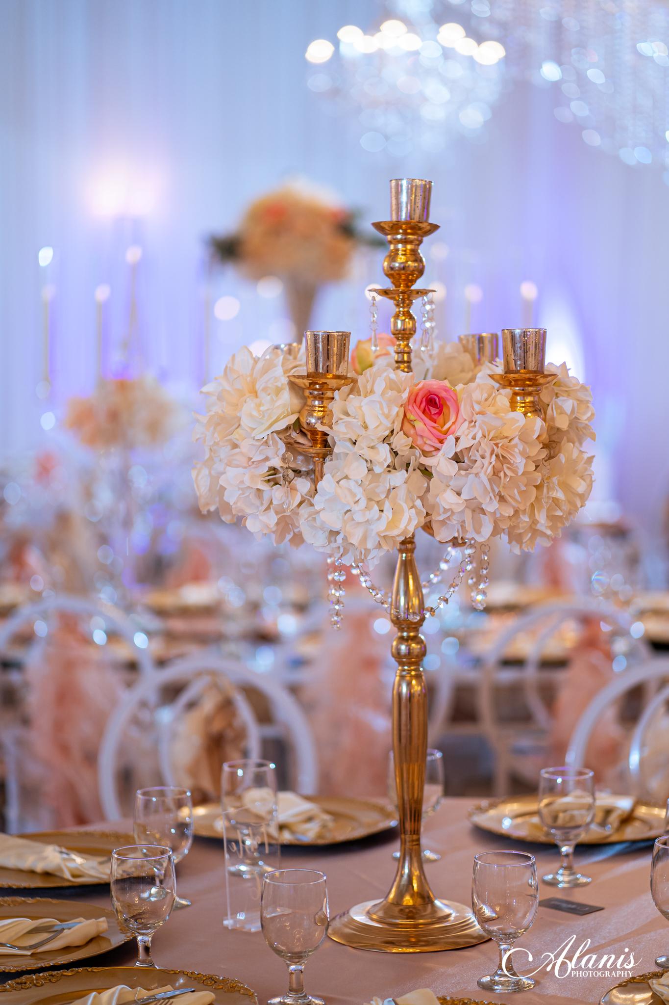 LeVenue Quinceañera dining and table decor
